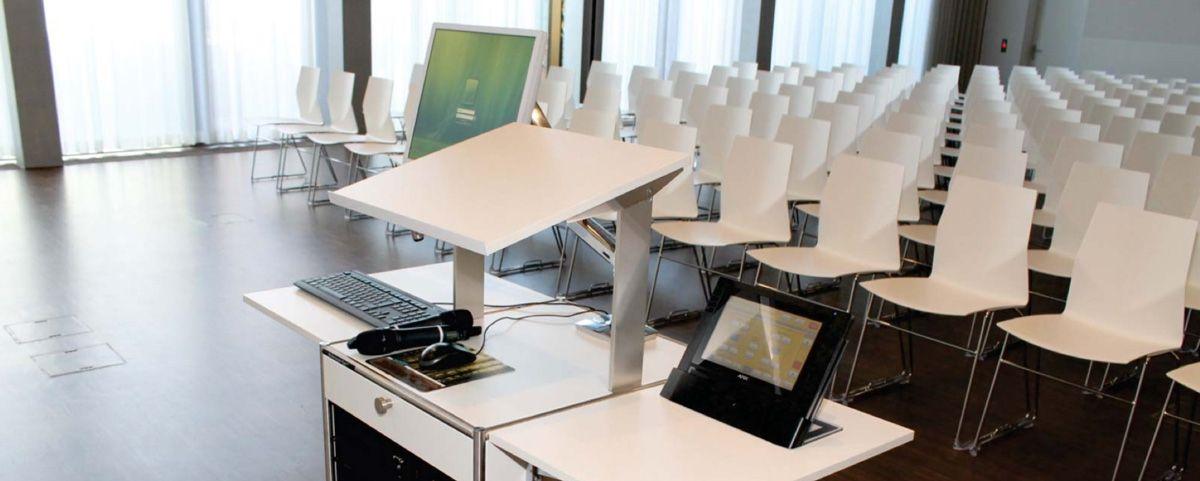 Lehrerpult, Medienmöbel, Digitales Mobiliar